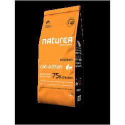 Naturals Cat & kitten Kurczak - Bezzbożowa karma dla kotów i kociąt sterylizowanych wszystkich ras, 2 kg